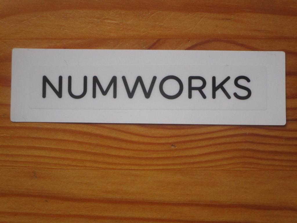 Autocollant NumWorks - concours
