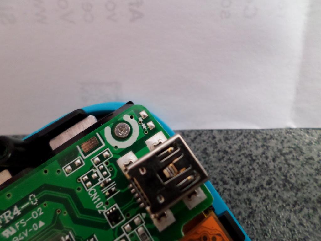 Connecteur LED non soudé