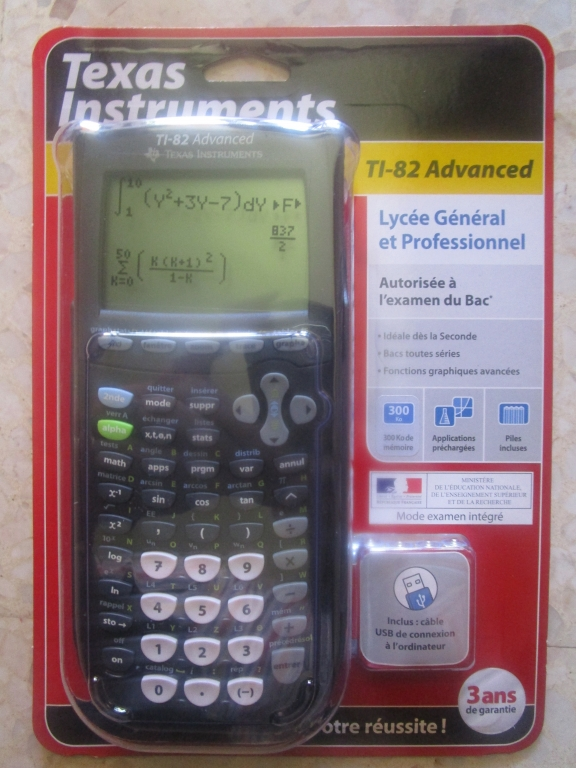 TI-82 Advanced emballée