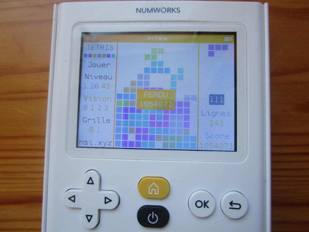 NumWorks + Tetris