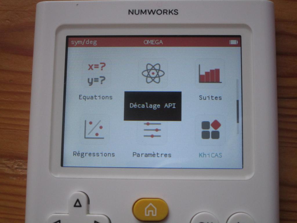 NumWorks Omega + Delta's KhiCAS