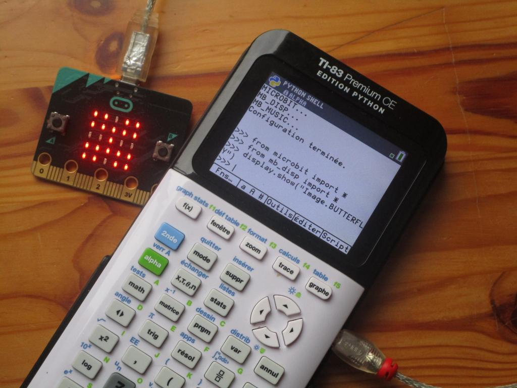 83PCE + micro:bit: BUTTERFLY