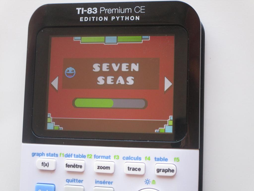 83PCE + Geometry Dash : 7 seas