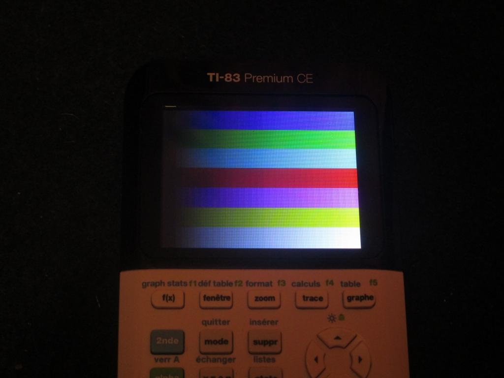 TI-83 Premium CE + mire RGB 565