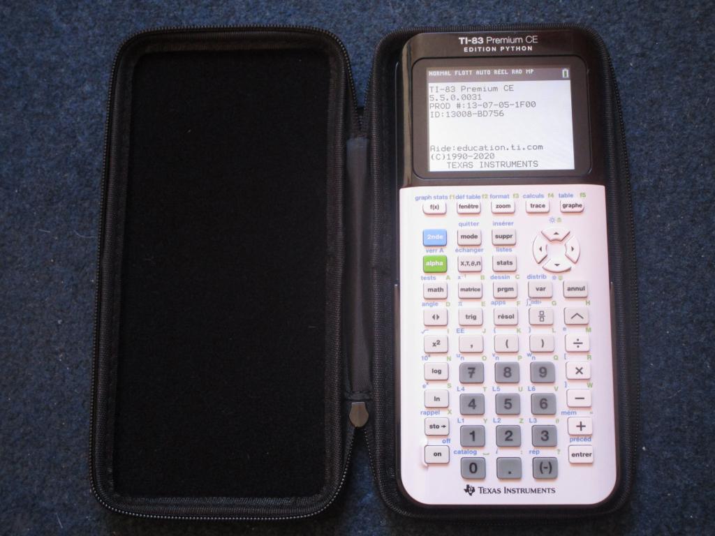 Housse Wyngs + TI-83 Premium CE